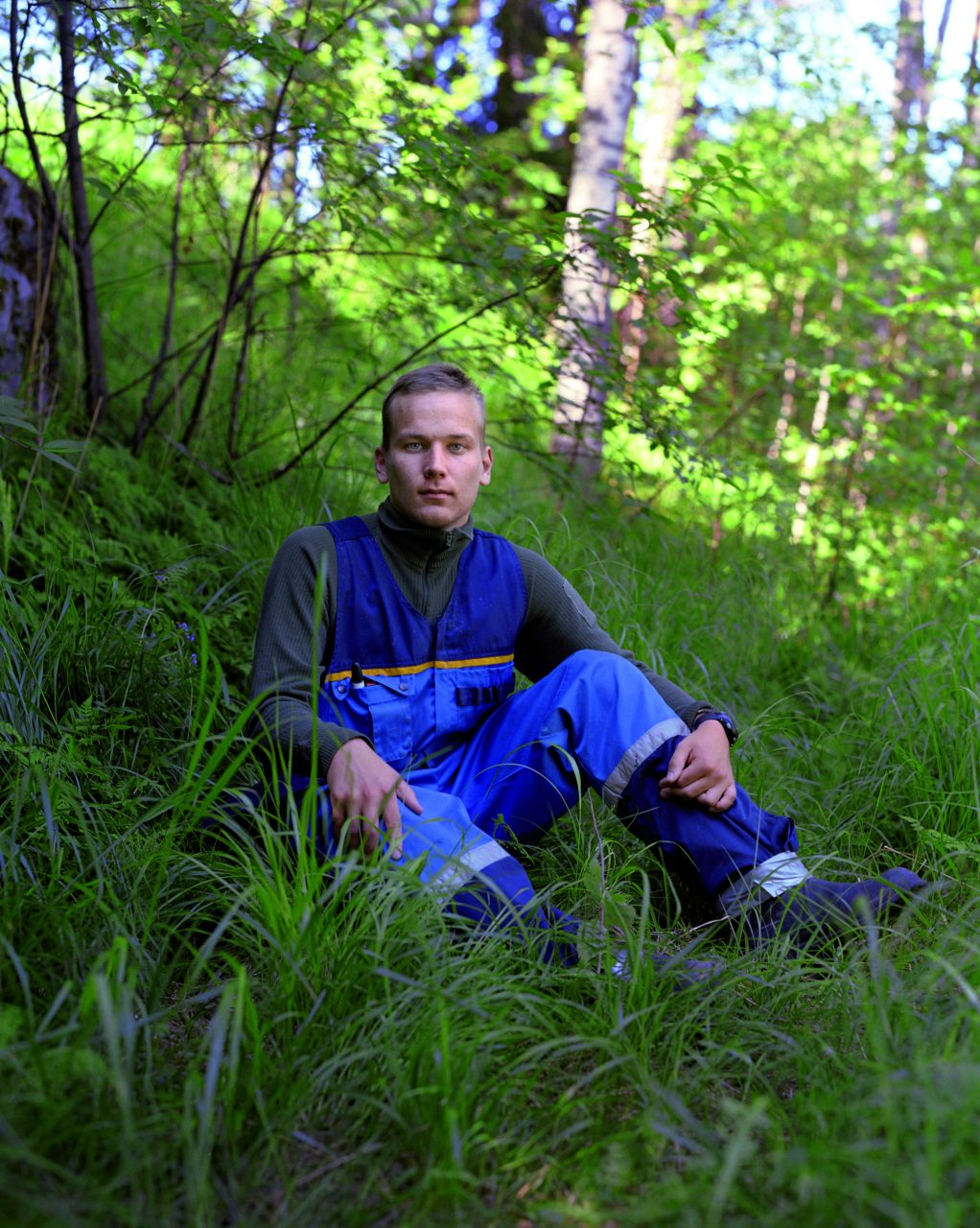Kasaniya (Tracks), c-print, 100x80, 2013 / Finland, North Karelia. Juha Mantsinen, 19, was born and grew up near Joensuu. He currently serves in the army