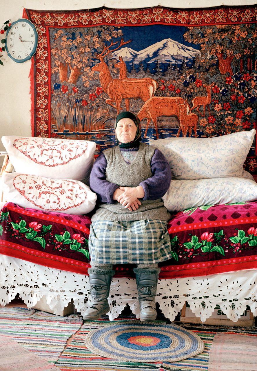Bezhin Lug (Bezhin Meadow), Mariya Ivanovna, c-print on dibond, 100x75, 2004