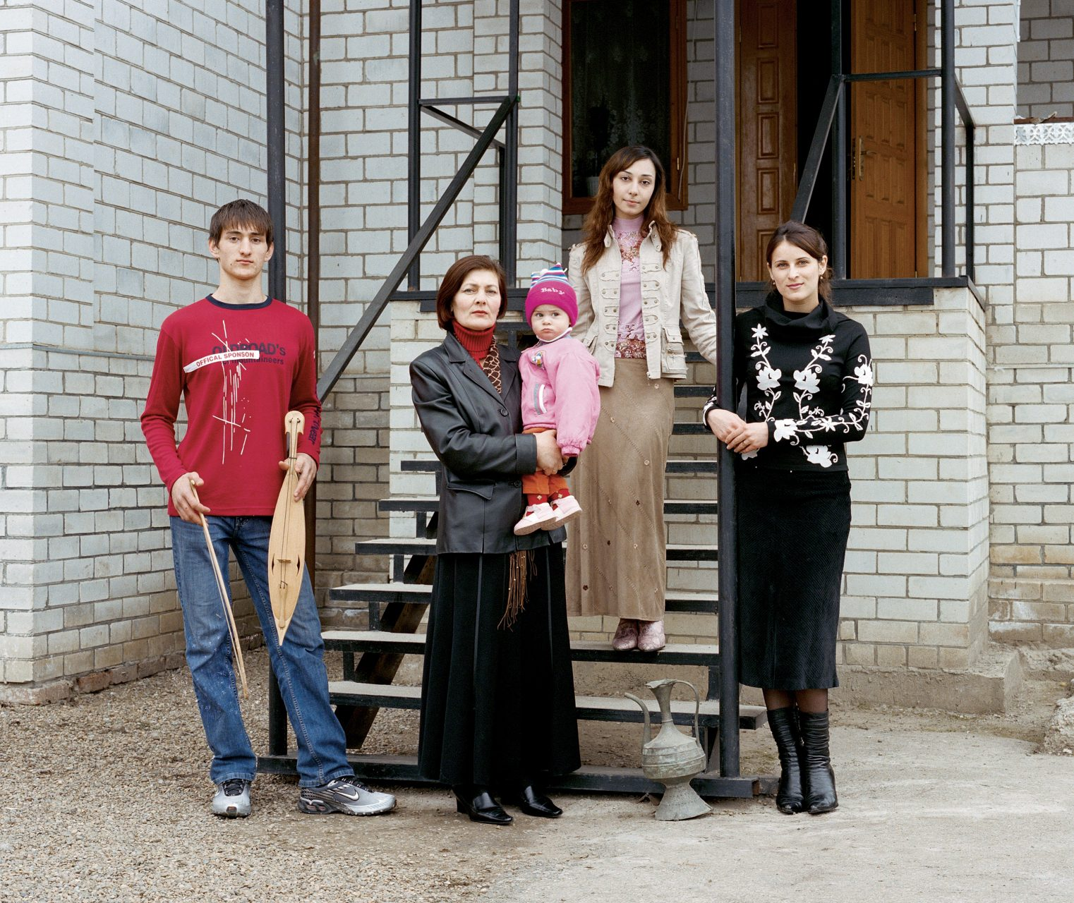 Russkie #82, c-print on dibond,100 x 125 cm, 2007